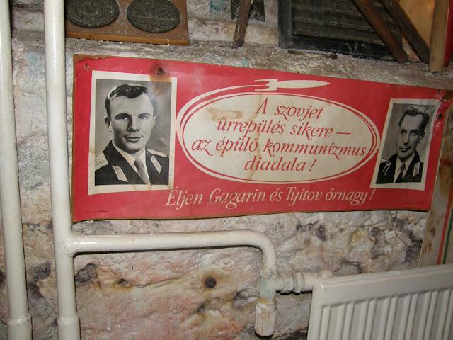 Tyitov, szovjet űrrepülés, kommunizmus diadala, Gagarin, CCCP, Sopron,  Civitas Pinceszínház, Templom utca, Kövesi György