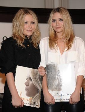 Olsen_Twins_Book_Signing_NY285x374.JPG