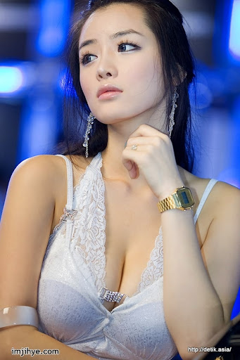 Race-Queen-Im-Ji-Hye-2.jpg