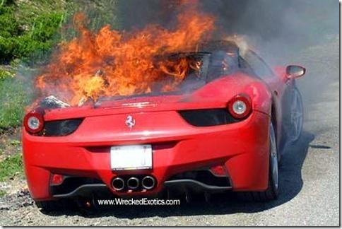 car_crash_second_ferrari_458_italia_on_fire_01.dv9z45s63hcg00cc8csss84ww.a5fuq7lrqzkgc0ccw4ss08gso.th