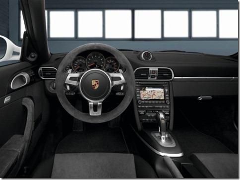 Porsche 911 GTS 2011 (1)