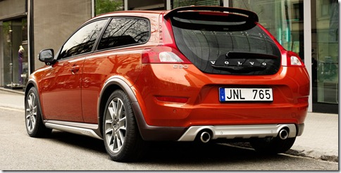 Volvo-C30_2010_800x600_wallpaper_0b
