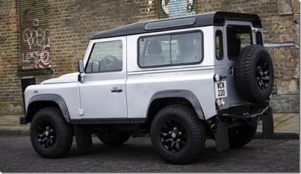 Land_Rover-Defender_X-Tech_2011_800x600_wallpaper_07