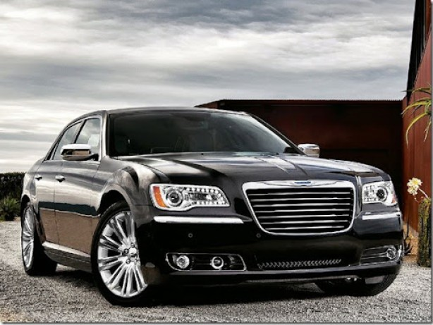 Chrysler-300_2011_1600x1200_wallpaper_06
