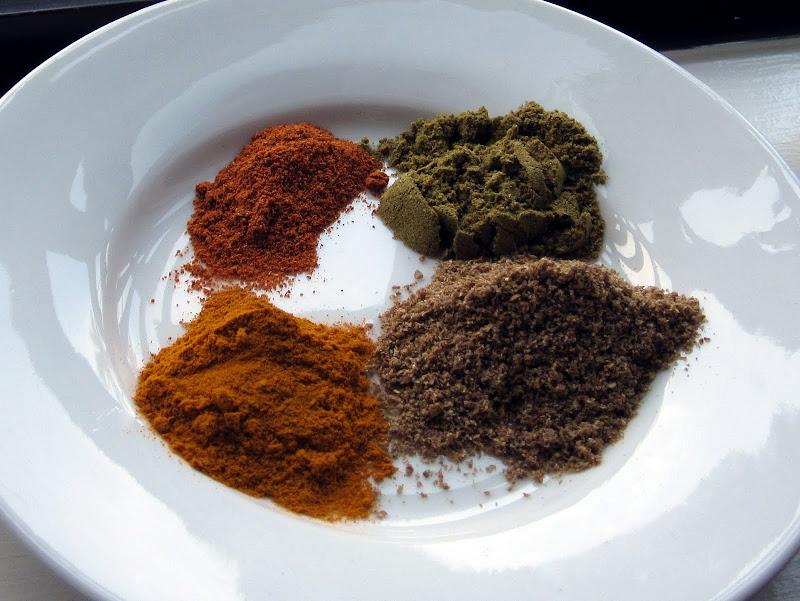 coriander cumin turmeric cayenne indian spices