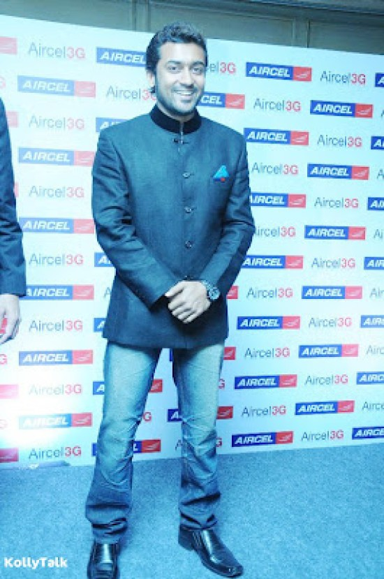 Surya launches Aircel 3G Stills 3