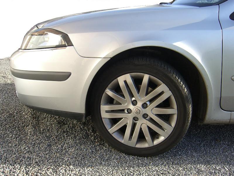 Renault Laguna II (Seitenansicht)