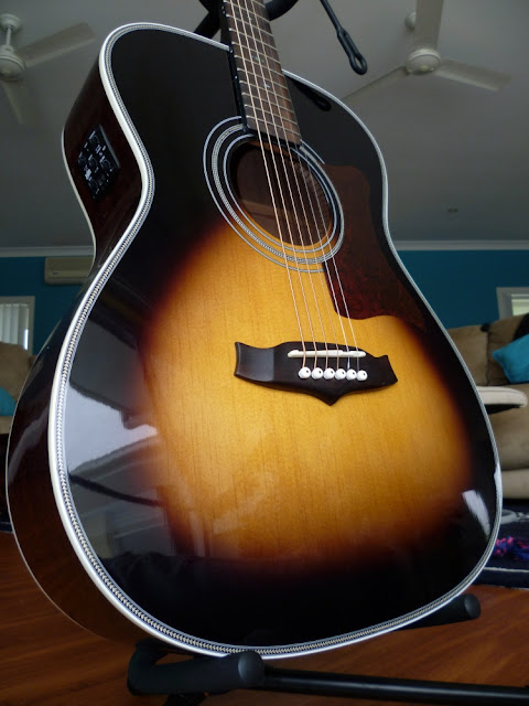New Guitar Tanglewood TW70 (2/2)