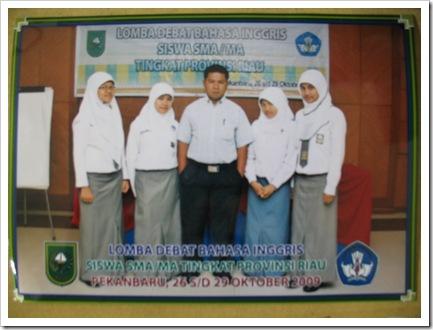Siswa SMA Pintar Mengikuti Debat Berbahasa Inggris Tingkat Provinsi Riau2