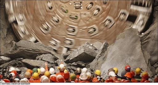 longest-rail-tunnel (1)