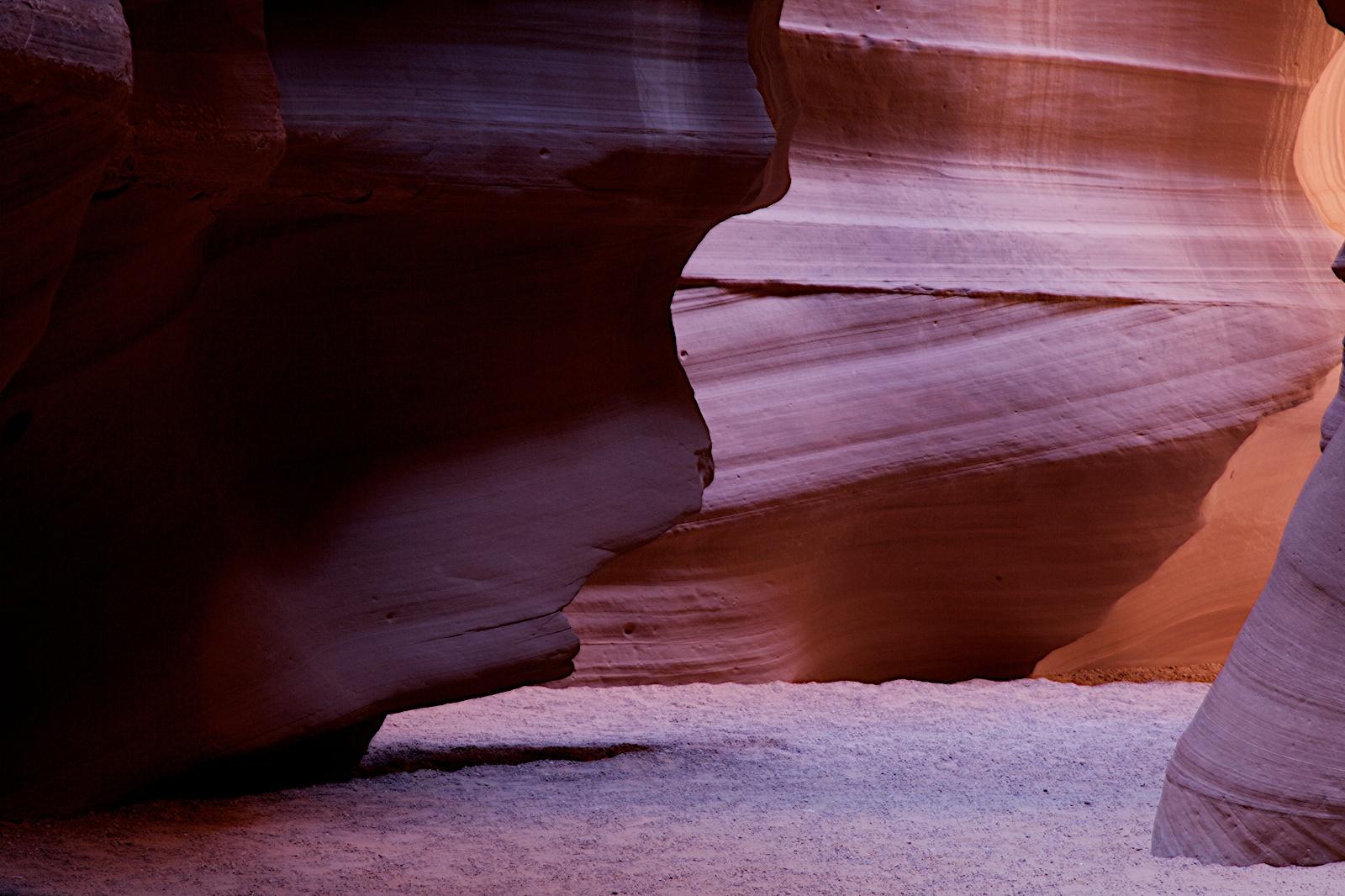 Voyagers: Antelope Canyon 羚羊谷(冬天)