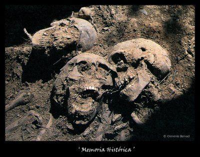 Fosa de Villamayor de los Montes (Burgos) julio de 2004