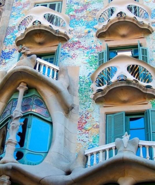 balcones-casa-batllo-de-gaudi-barcelona