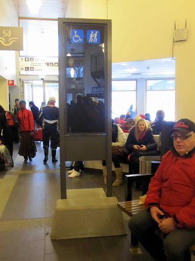 Klumpfot i Vöxsjö Resecentrum