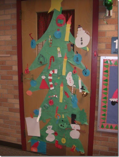 Mrs Bumgardner S 1st Grade Class Door Decorating Contest
