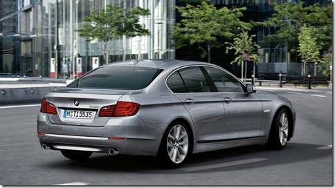 BMW-5-Series_2011_800x600_wallpaper_12