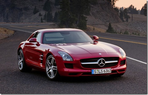 Mercedes-Benz-SLS_AMG_2011_800x600_wallpaper_06