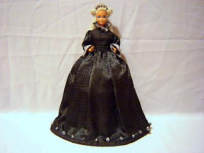 кукла барби жалеен костюм