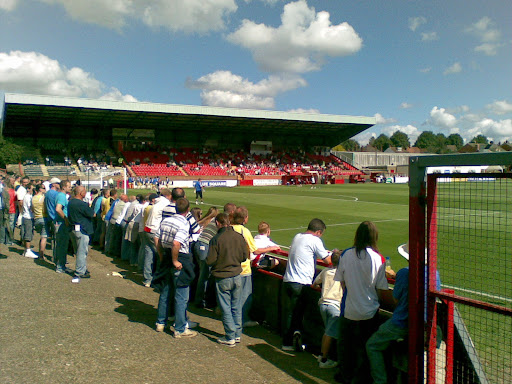 Kick off approaches, with the Diamonds terrace beginning to fill.