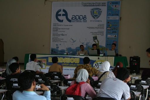 Roadshow Linux 2008 di FT. Untirta Cilegon
