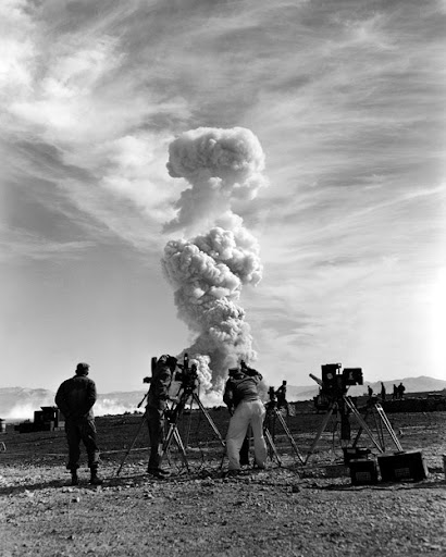 How to Watch a Nuclear Explosion | Amusing Planet
