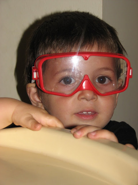 Daniel con las gafas de trabajar