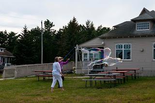Ferry Beach-Bubbles-12