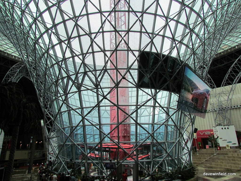 0270Ferrari World