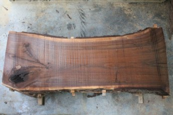 "Walnut 316-5  Length 8' 6"", Max Width (inches) 40 Min Width (inches) 32 Thickness 10/4  Notes : Kiln Dried"