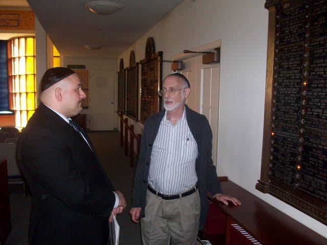 IVLP 2010 - Visit to Jewish Synagogue in IOWA - 100_0841.JPG