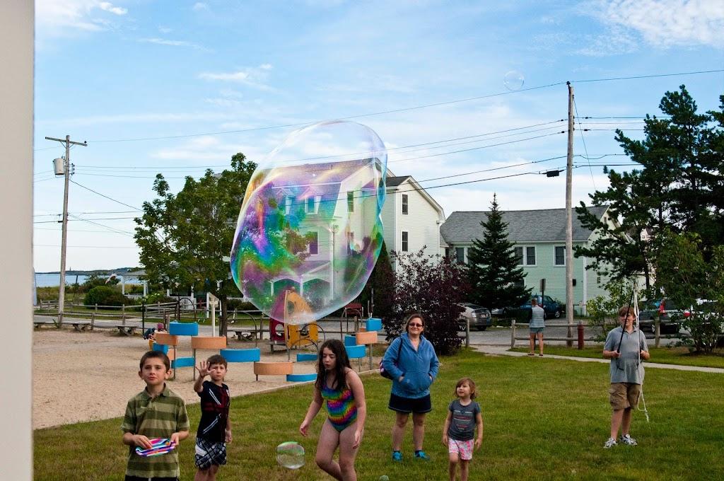 Ferry Beach-Bubbles-49