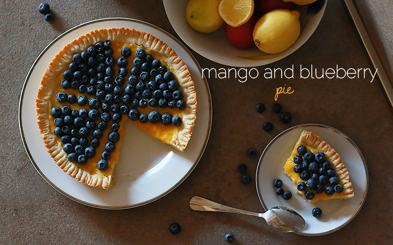 mango and blueberry pie, original dessert, easy pastry cream, dessert with mango, fruity recipe