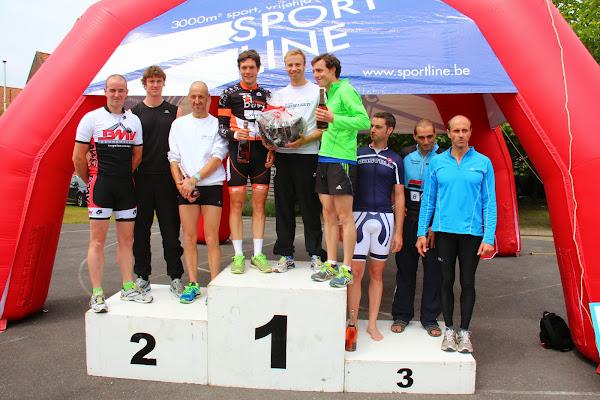 Podium bij de trio's van de 1/8e triatlon Roeselare - 1 juni 2014