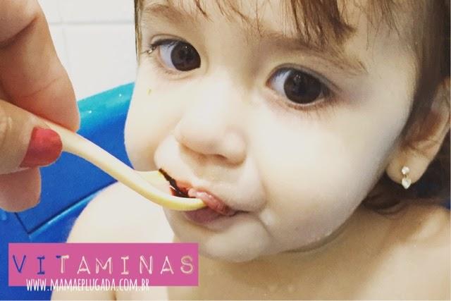 Quais vitaminas minha filha toma?