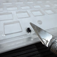Hackeyboard front plate stabilizer excess glue removal 11.JPG