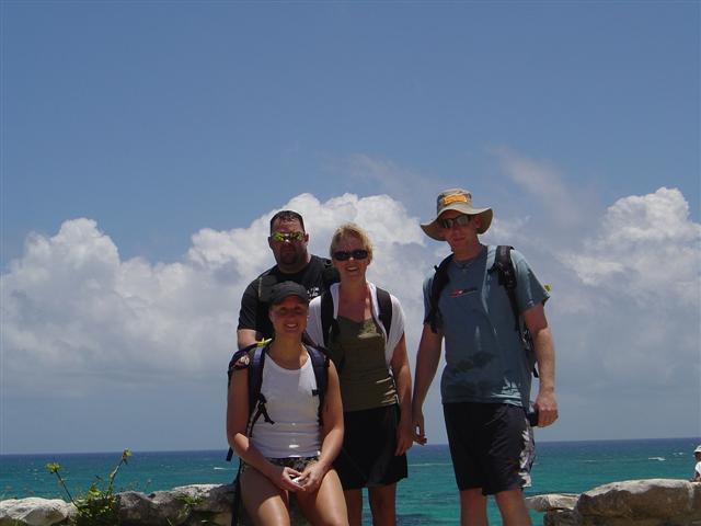 Gänget på besök vid Tulum ruinerna