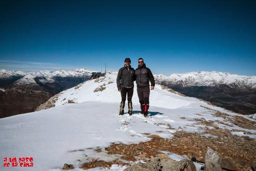 Foto de Cima. Pico Turbón (2492 m) © aunpasodelacima