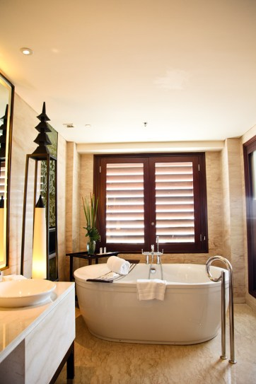 St Regis Resort Bali Indonesia Bathrooms.