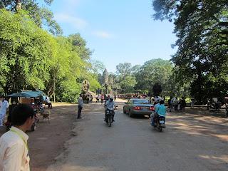 0001Angkor_Wat