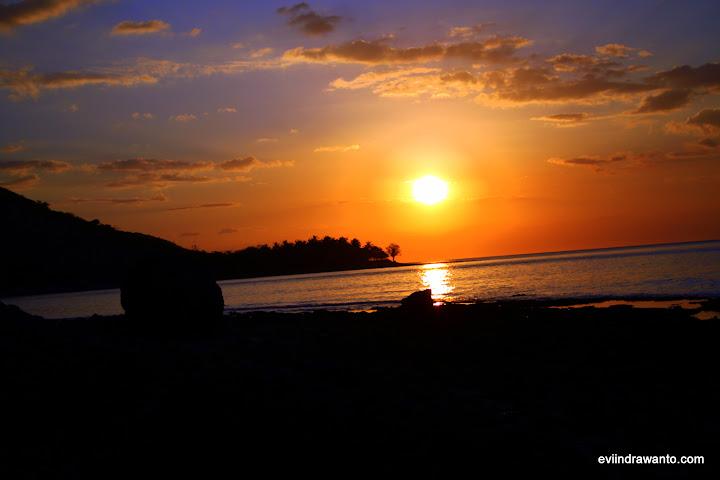 sunset di Bima