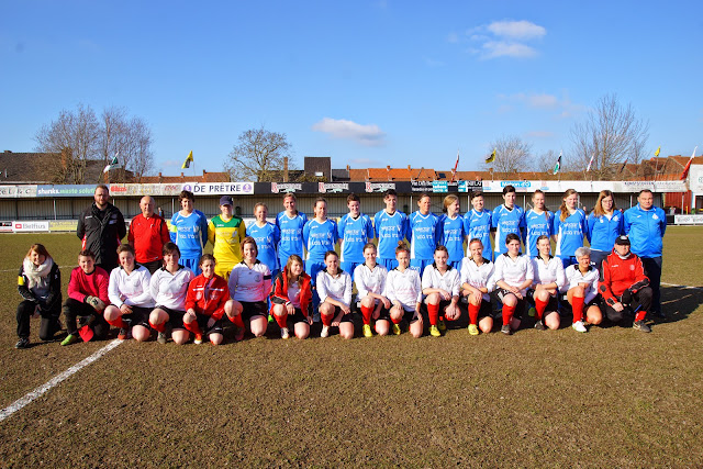 Ploegfoto van Club Roeselare en SV De Ruiter