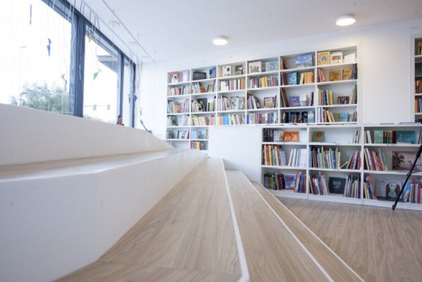 Gijón-literatura-infantil-juvenil-bosque-maga-colibri-libreria