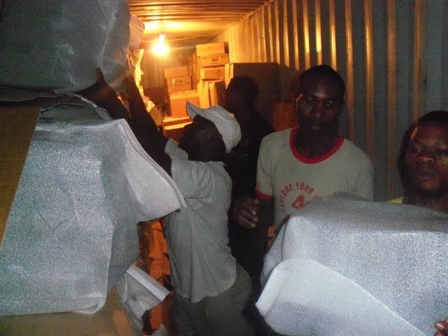 2nd Container Offloading - jan9%2B186.JPG