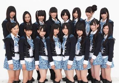 NMB48(紅組4番目)