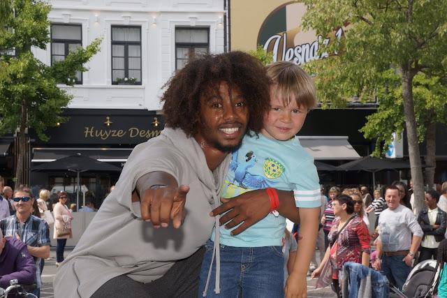 Met Malik op de foto