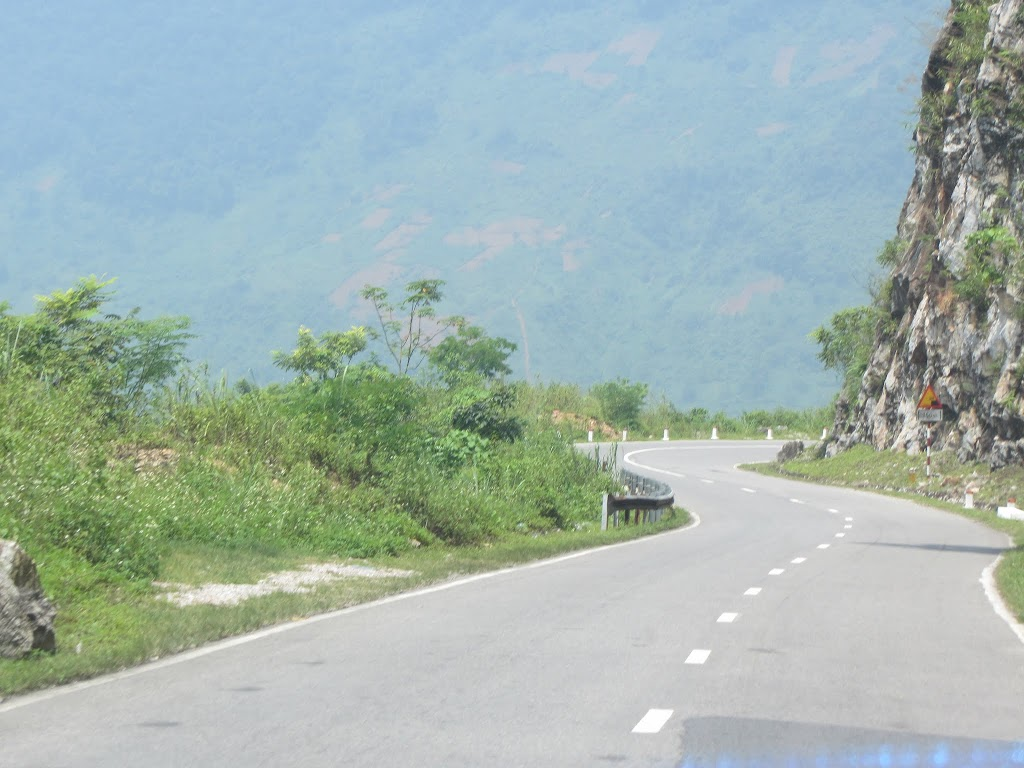 0073The_Road_to_Mai_Chau
