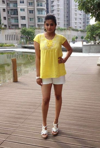 Priyamani Height
