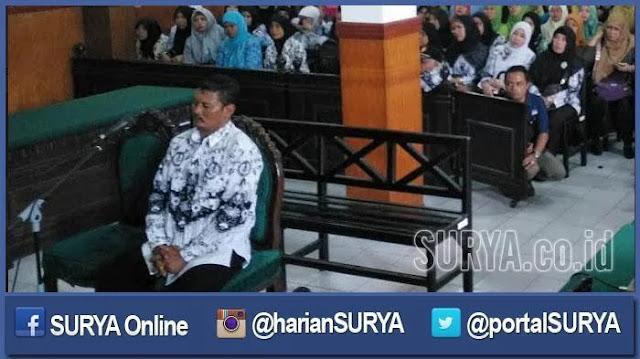 Astaghfirullah, Guru dibawa ke Pengadilan karena Cubit Siswa Anak TNI yang Tidak Shalat