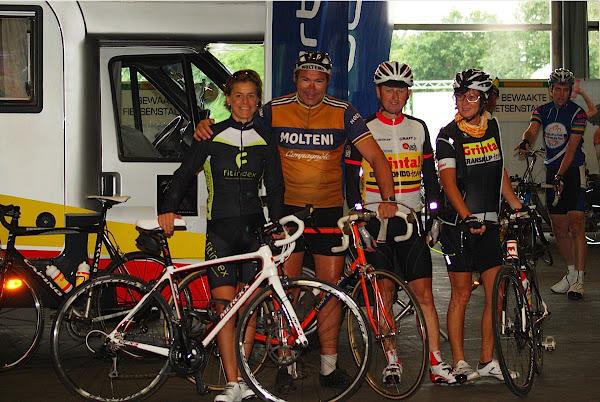 Gella Vandecaveye, Eddy Merckx look-a-like, Wim Wullaert van Grinta