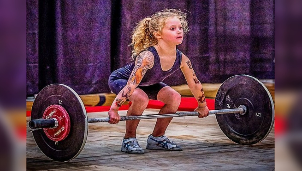 7 years old Rory Van can lift 80 kg Weight. Check Canadian Girl Exercise Videos